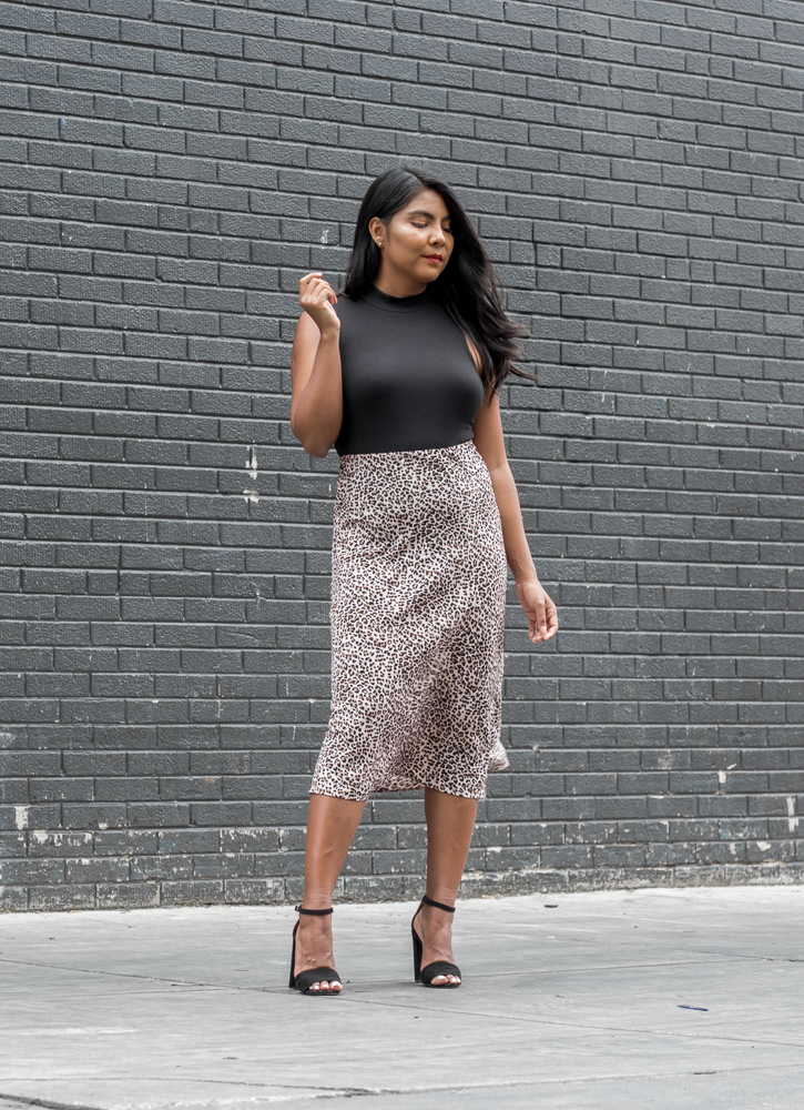 leopard-satin-midi-skirt-outfit