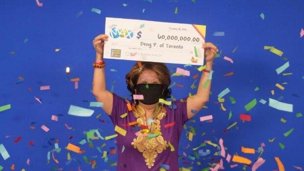Простим роботягам наснилися щасливі цифри лотереї - зірвали куш на десятки мільйонів доларів