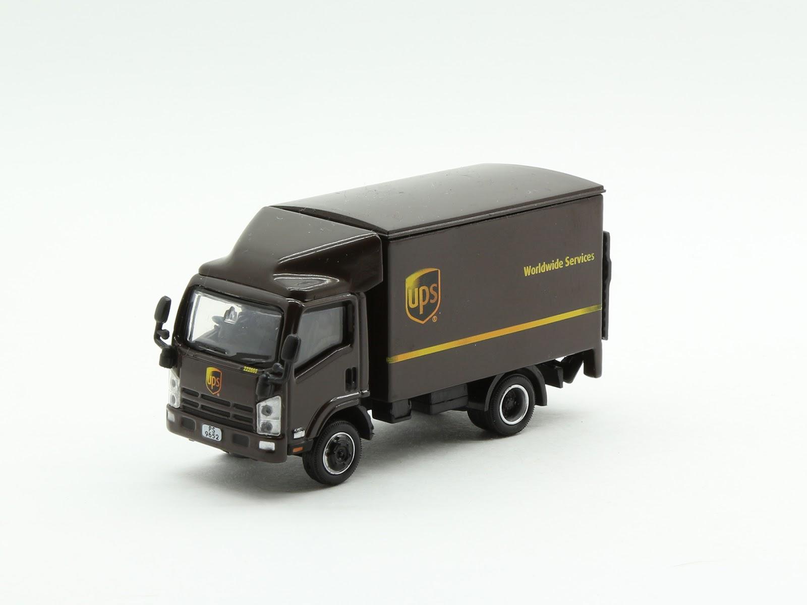 Incredible Mini Garage: Isuzu N Series 2008 UPS 1/76 Tiny