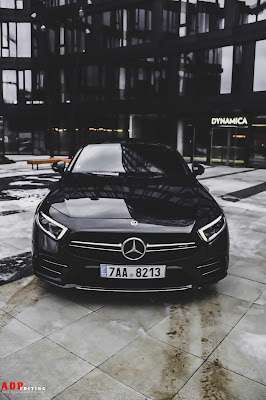[feature] car-backgrounds-mercedes-car