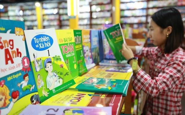 Bộ Giáo dục đề nghị Hội đồng thẩm định rà soát sách Tiếng Việt lớp 1