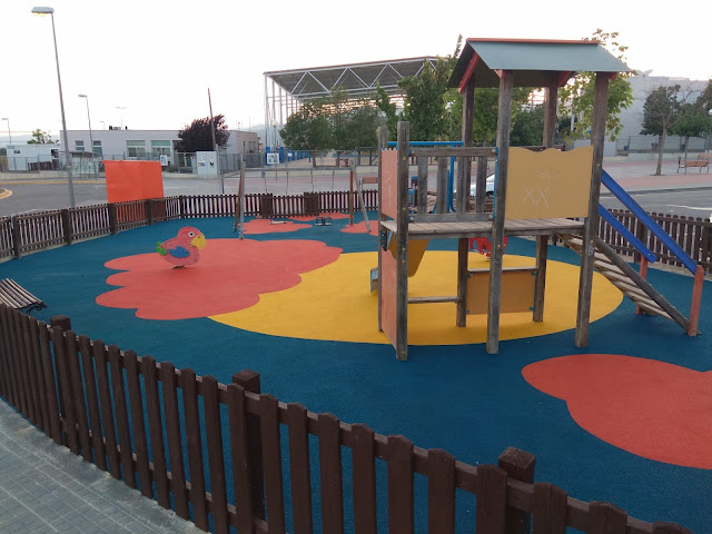 Esguard de Dona - Parcs Infantils a Sant Jaume dels Domenys - Millores 2018