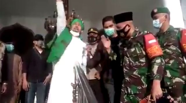 Duh! Dandim Ribut dengan Wakil Ketua FPI di Masjid, Bantah Bubarkan Zikir dan Doa Bersama