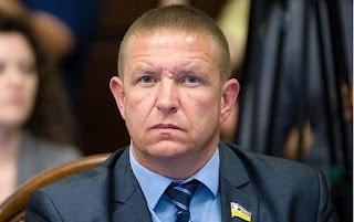 На Львівщині перерахують голоси на окрузі, де переміг кандидат від партії Порошенка. «ЄС» обурена рішенням суду