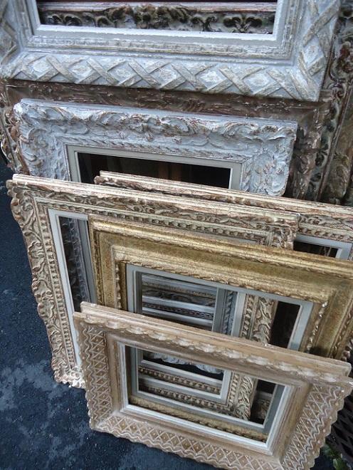 Specchi e cornici idee per arredare for Idee per arredare una parete