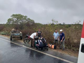 Homem é encontrado gritando por socorro debaixo de moto em ribanceira na BR-104 em Cuité