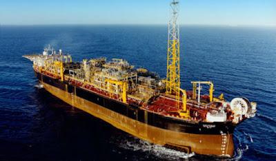 Navio FPSO em risco de causar tragédia na Bacia de Campos