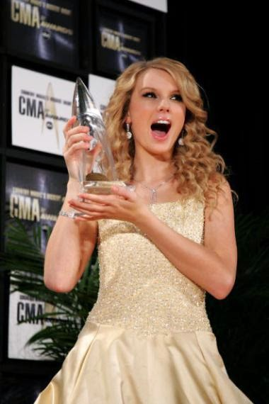 Taylor Swift's Best Surprised Faces ~ Turbo Let's Go!