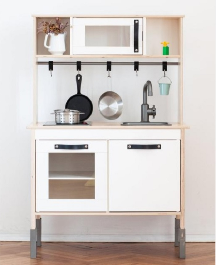 play kitchen with leather handles