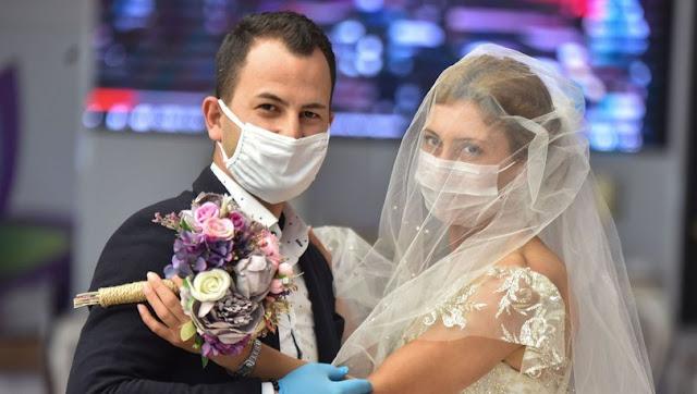 Koronada düğün yapmak