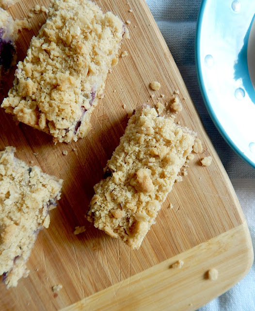 blueberry cream oatemal crumb bars