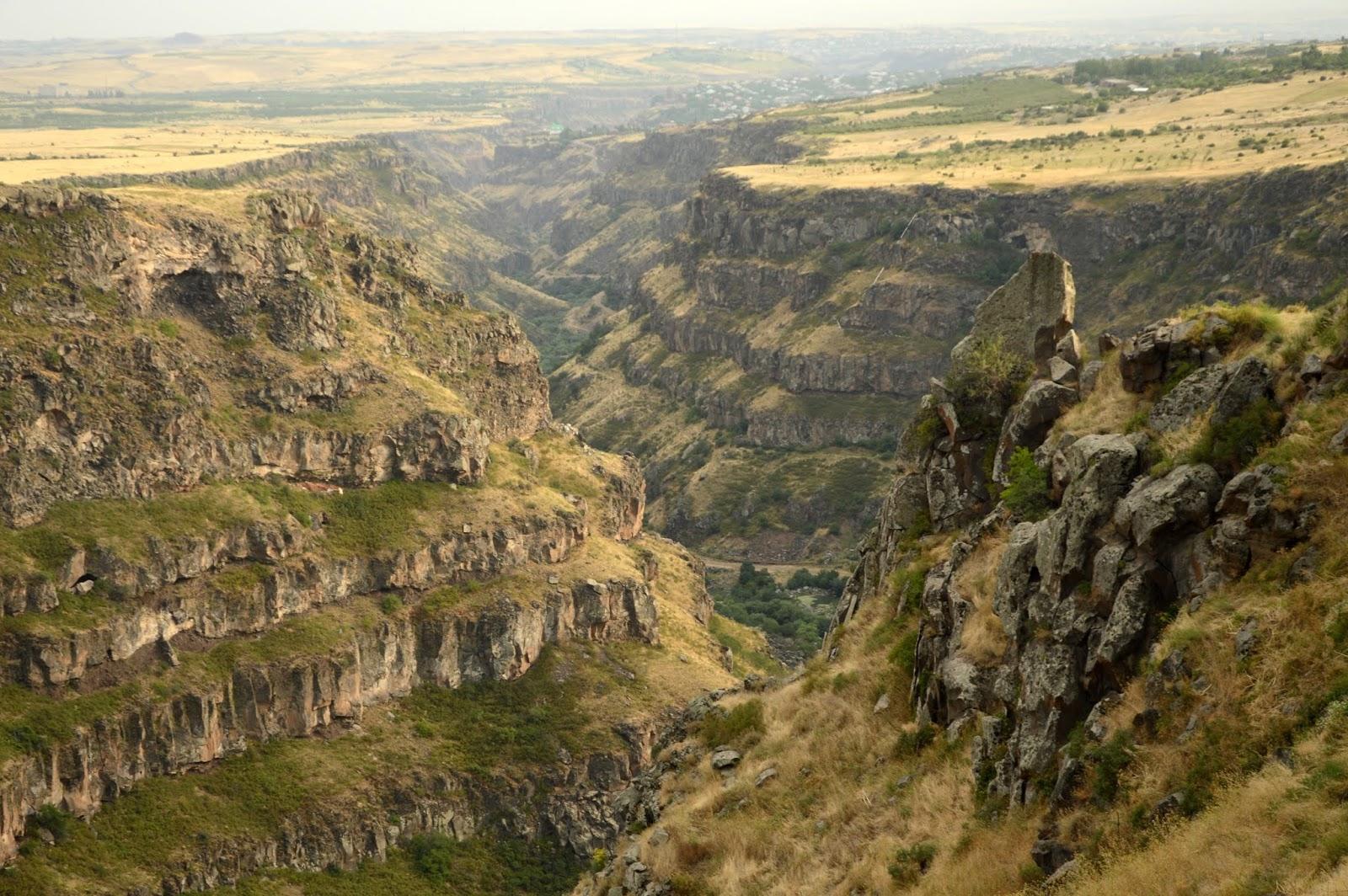 Imagen cañón en Armenia