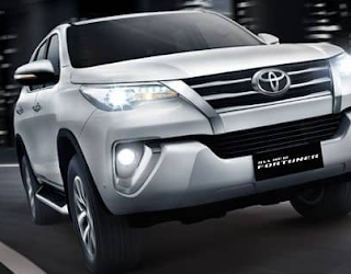 Review Toyota Fortuner 2005