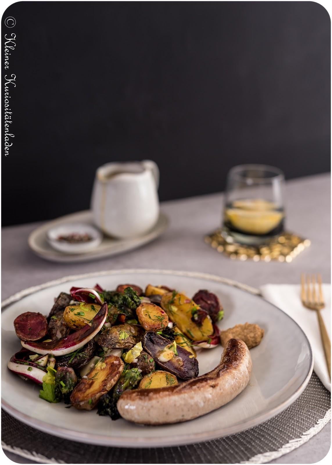 Röstkartoffelsalat mit Flower Sprouts und Radicchio