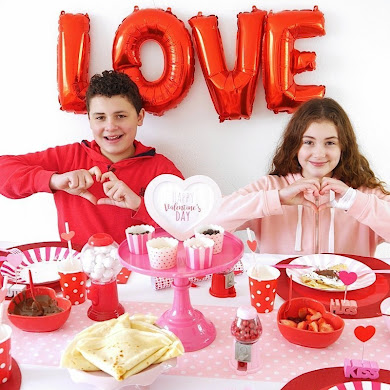 Déco de Table Crêpe Party Pour La Saint-Valentin + FREEBIES
