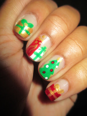 Sinful Colors Nail Art Simple But Fun, My Day, Sally Hansen White On, Julep Felicity, Christmas, presents, tree, nail art, nail design, mani