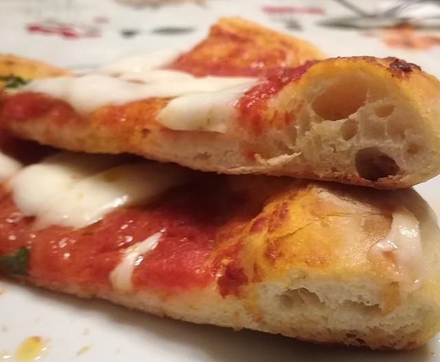 Alveolatura del cornicione della pizza napoletana