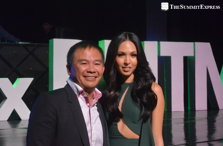Coach Chot Reyes with Binibining Pilipinas - World Maggie Wilson