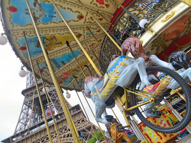 Eiffel tower, carousel
