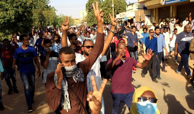 دعوات للعصيان بعد هجوم المجلس العسكري السوادني على اعتصام المعارضة