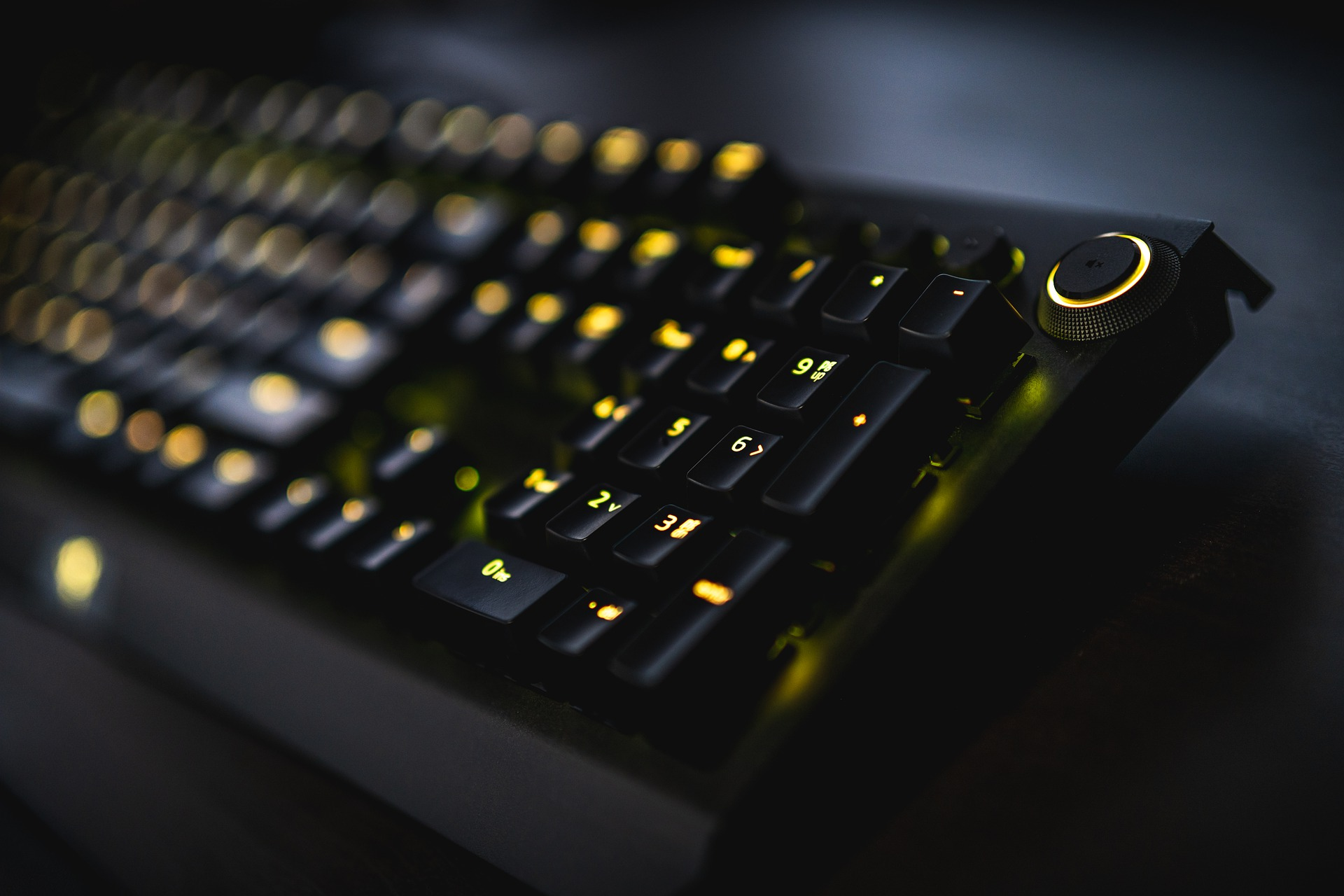 MIT enhances online learning using gaming techniques