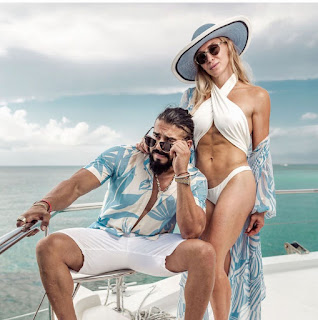 Charlotte Flair and Andrade almas