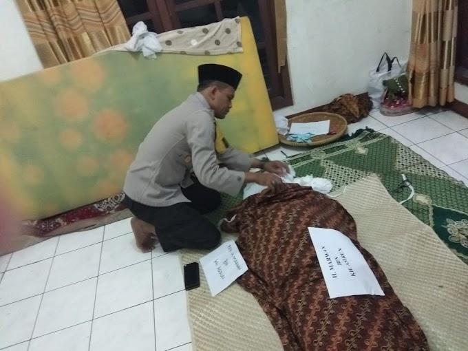 Kapolsek Cengkareng Takjiah ke Rumah Duka Tokoh Agama