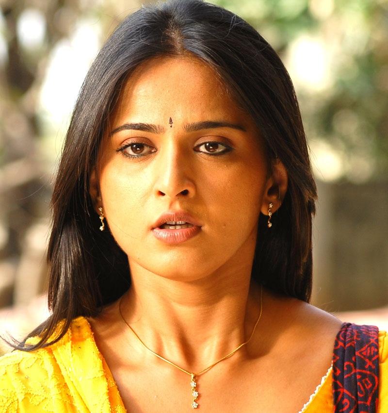 Anushka Shetty Face Close Up Photos In Yellow Dress