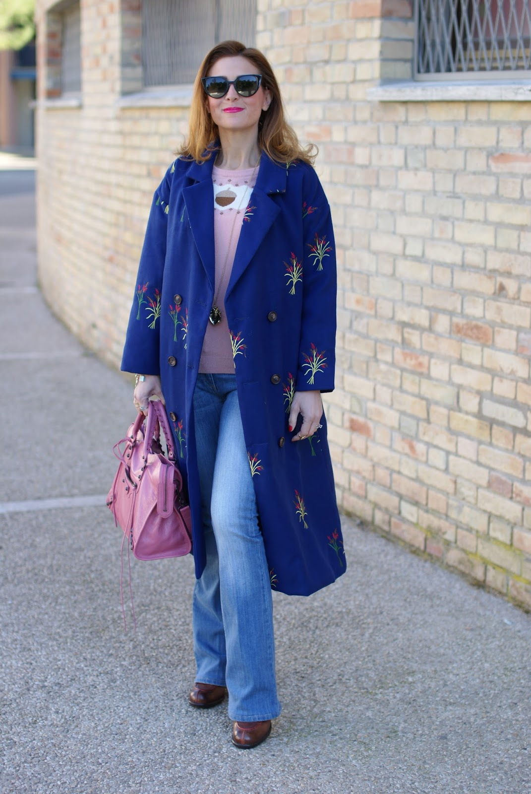 How to wear flare denim pants with a modern twist | Fashion and Cookies |  Bloglovin'