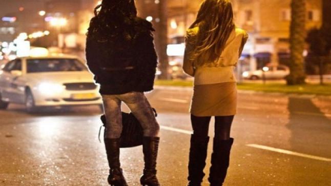البغاء.. ثمرة للإقصاء الاجتماعي وآلية للاقتصاد الجنسي بالمغرب