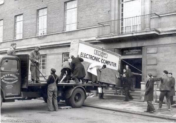 10. looked PC delivery in 1957 (Norwich, UK)