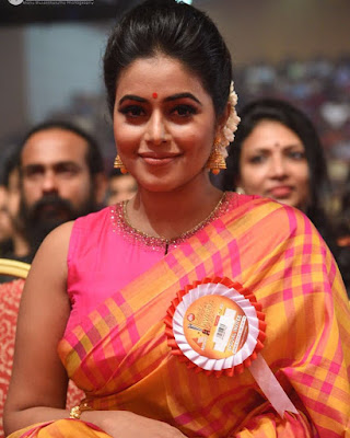 Shamna Kasim (Indian Actress) Biography, Wiki, Age, Height, Family, Career, Awards, and Many More