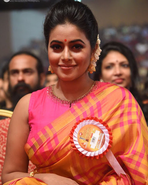 Shamna Kasim (Indian Actress) Wiki, Age, Height, Family, Career, Awards and Many More