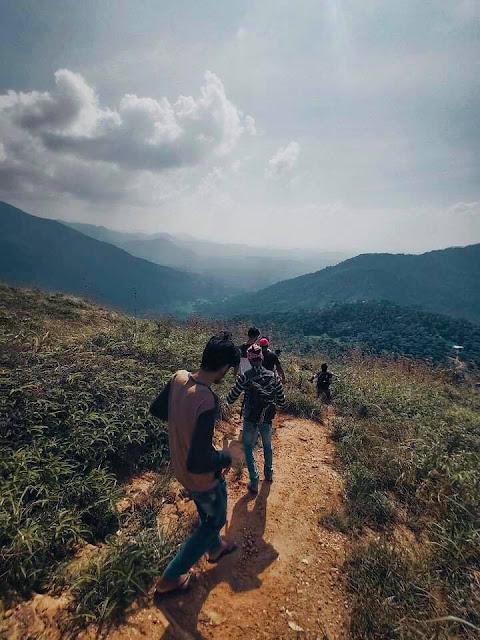 බතට කන්න බැරි බතලේගල කන්දේ නගිමු -  බතලේගල  🧗🏻♀️🧗🌿☘️ ( Bathalegala ) - Your Choice Way