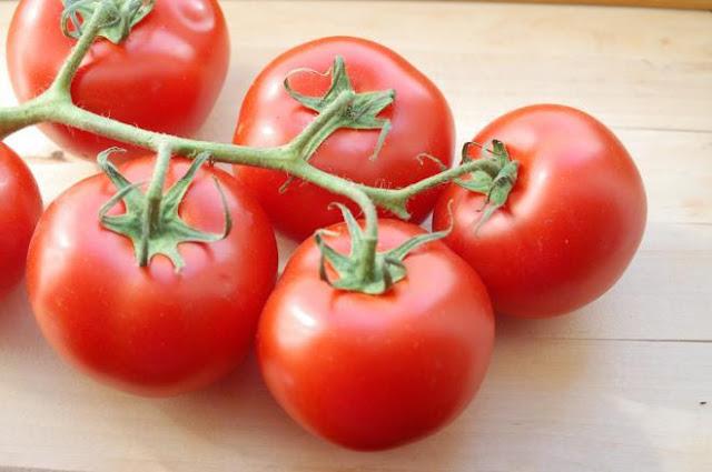 أهم العناصر الغدائية الموجودة في الطماطم