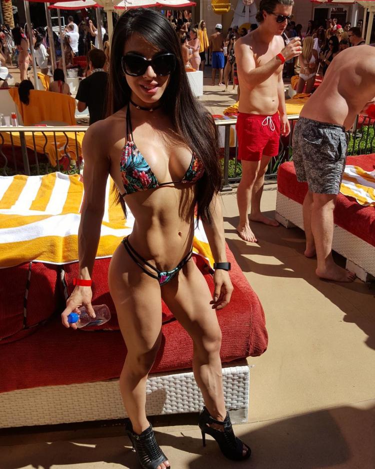 Bikini Vanessa Chung