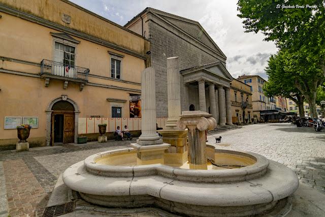 Iglesia Reformada, Anduze - Francia, por El Guisante Verde Project