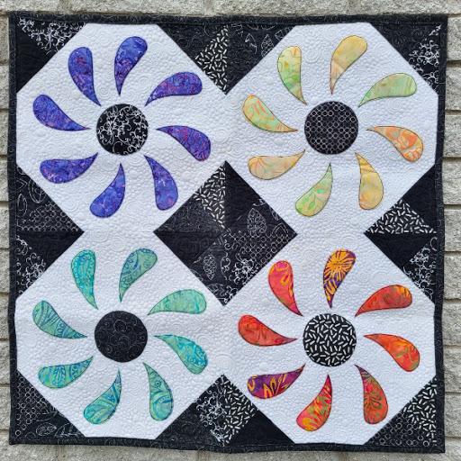 Flower Box Mini Quilt Pattern