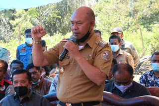 Bupati Taput Tinjau Infrastruktur dan Rumah Penduduk yang Perlu Dibedah di Dusun Sibudil Pangaribuan