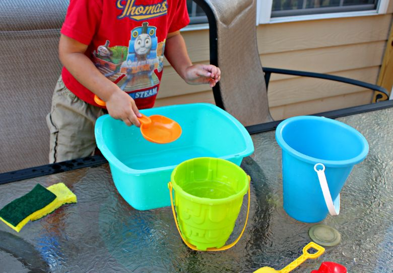 water transfer STEM activity for toddlers and preschoolers