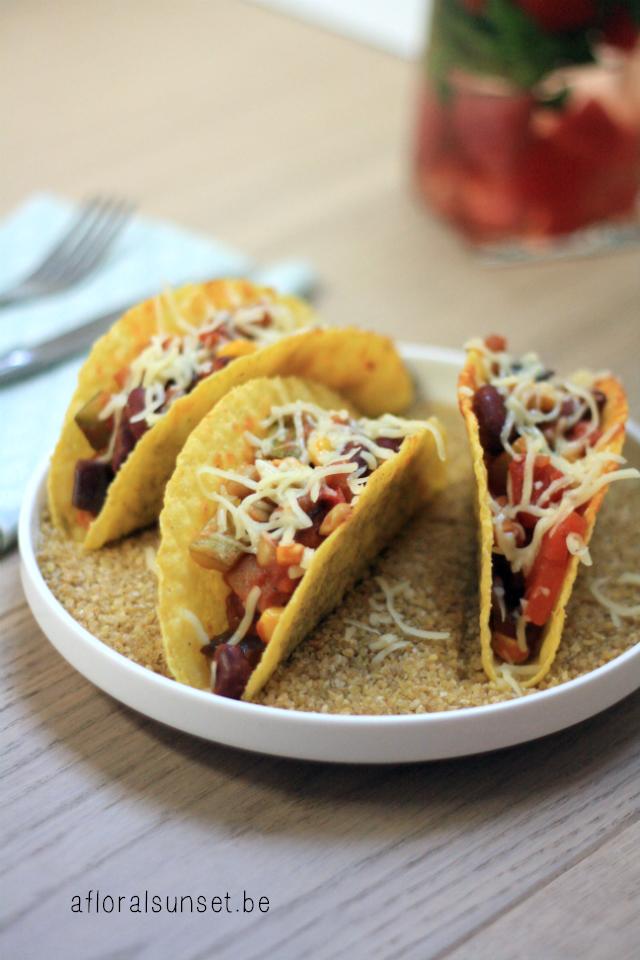 Taco's met vegetarische groentenchili - a floral sunset