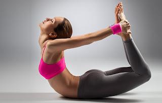 Động tác yoga giúp kích thích phát triển vòng 1