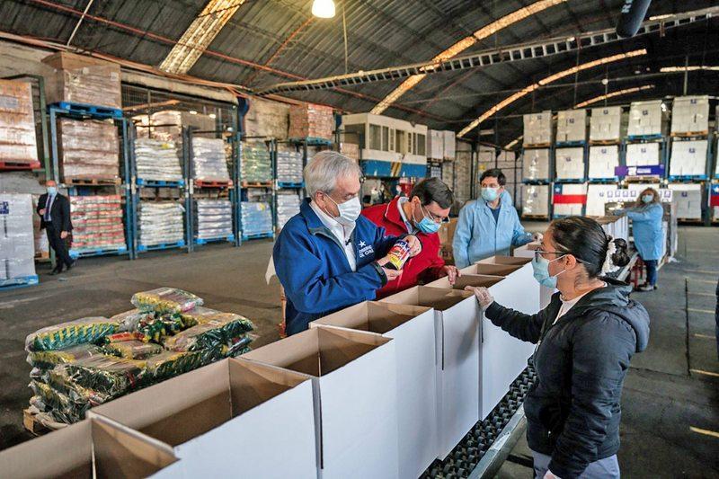 Alcaldes explican su logística para repartir mil cajas de alimento en un día