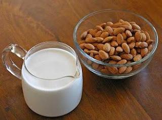 Selain Mencegah Kanker Serta Bebas Kolestrol, Ini 7 Rahasia Manfaat Minum Susu Almond