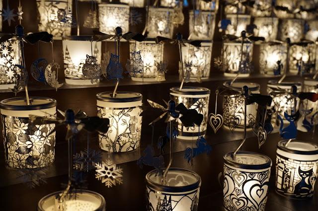 enkelikello joulumarkkinat valot tunnelma zürich