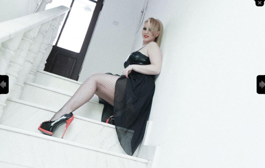 CharlizeGold Model Skype