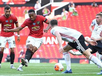 Video MU 3-0 Sheffield United: Hat-trick người hùng, rộng đường top 4