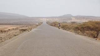 Djiobuti properly sealed road to Lake Assal