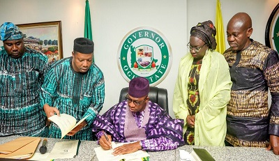 Ogun State Signs Investment Promotion Agency into Law