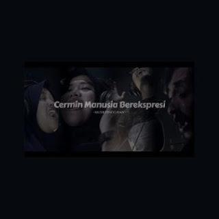 Musik Pinggiran - Cermin Manusia Berekspresi (feat. SMC) Mp3